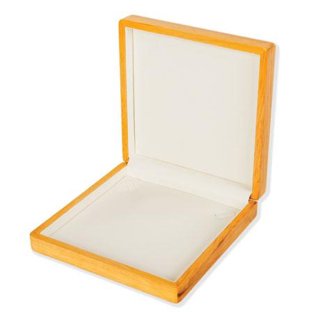Alberta Collar Box Image