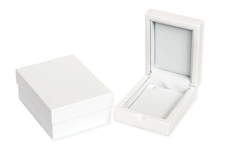 Windsor Pendant Box Image
