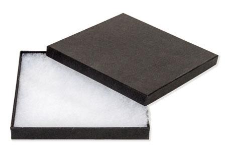 Lyon Collar Boxes Image
